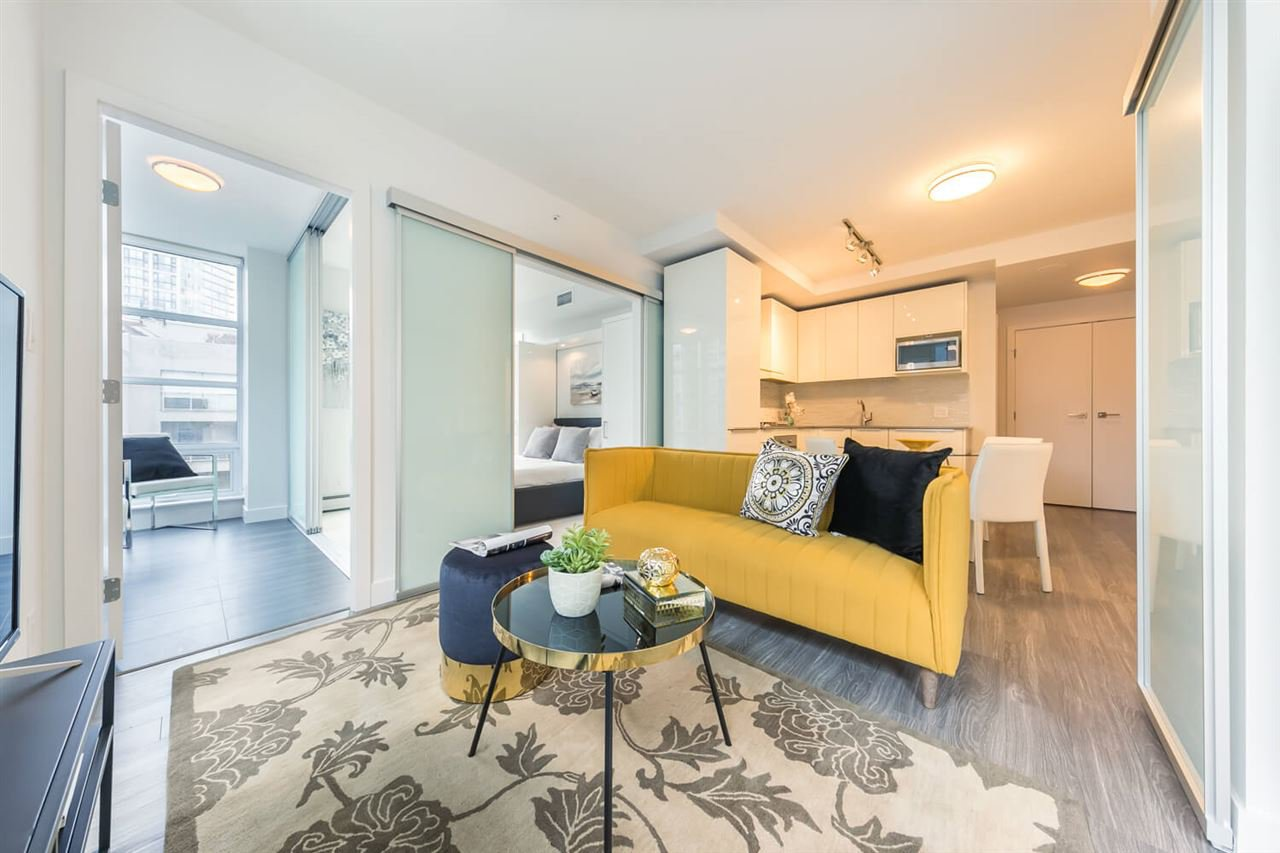 """Main Photo: 804 1283 HOWE Street in Vancouver: Downtown VW Condo for sale in """"Tate On Howe"""" (Vancouver West)  : MLS®# R2526622"""