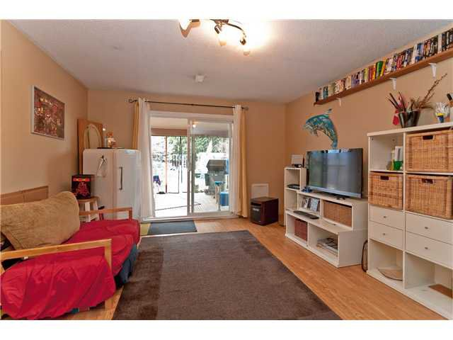 Photo 6: Photos: 11984 190TH Street in Pitt Meadows: Central Meadows House 1/2 Duplex for sale : MLS®# V994612