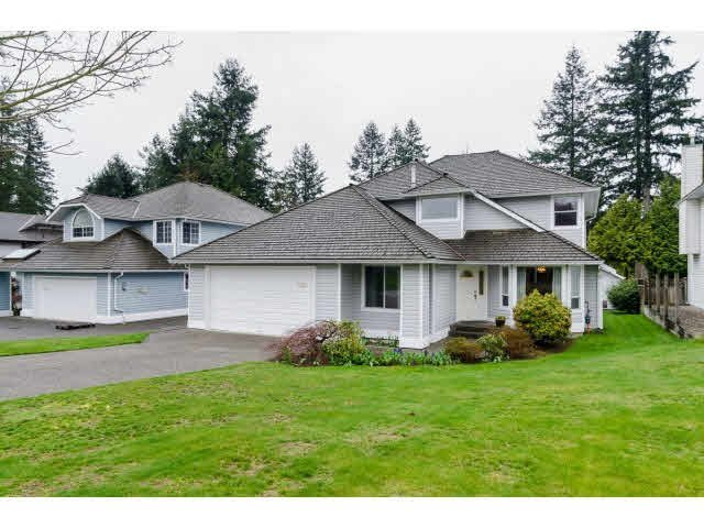 Photo 1: Photos: 5913 133 Street in Surrey: Panorama Ridge House for sale : MLS®# F1435476