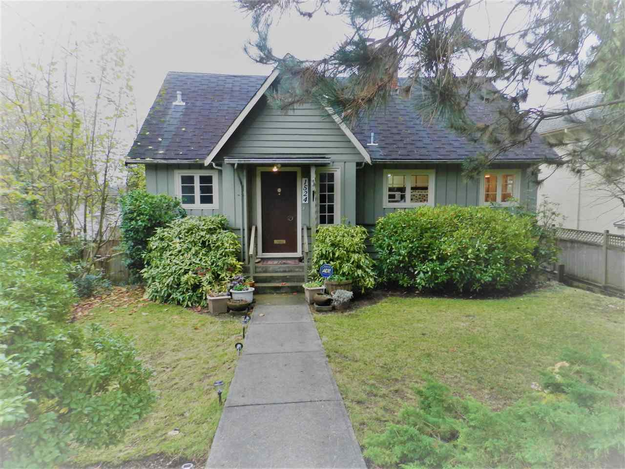 Main Photo: 1524 INGLEWOOD AVENUE in West Vancouver: Ambleside House for sale : MLS®# R2124608
