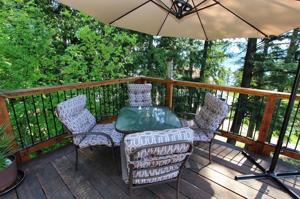 Photo 29: Photos: 2585 Airstrip Road in Anglemont: House for sale : MLS®# 10183062