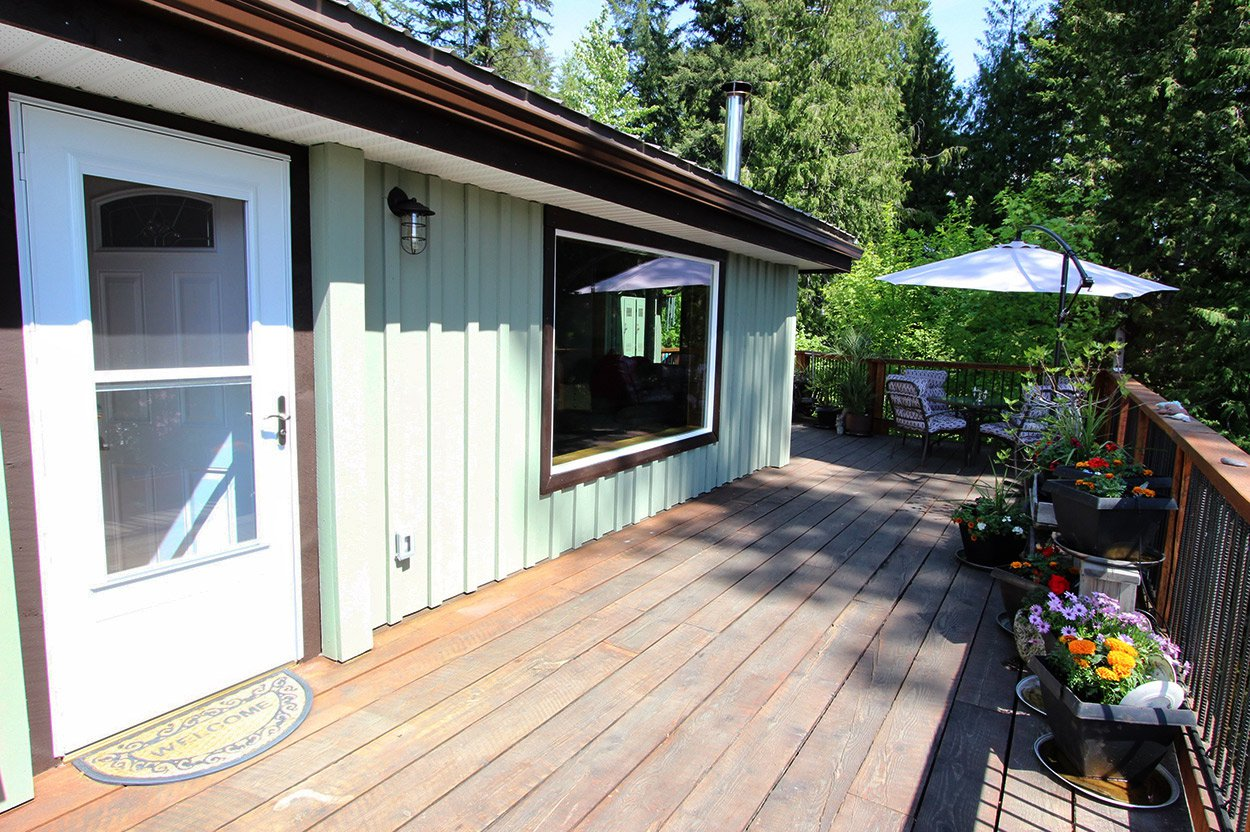Photo 31: Photos: 2585 Airstrip Road in Anglemont: House for sale : MLS®# 10183062