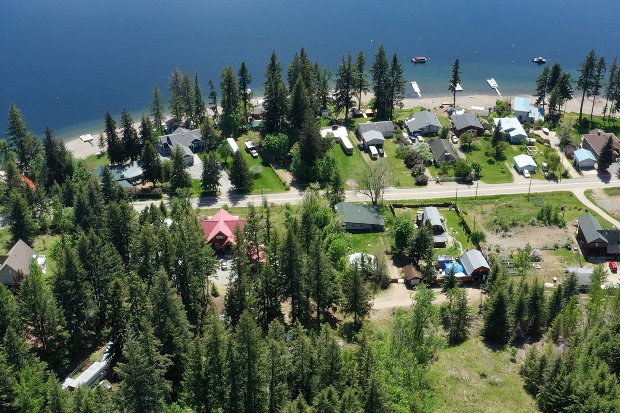 Photo 5: Photos: 2585 Airstrip Road in Anglemont: House for sale : MLS®# 10183062
