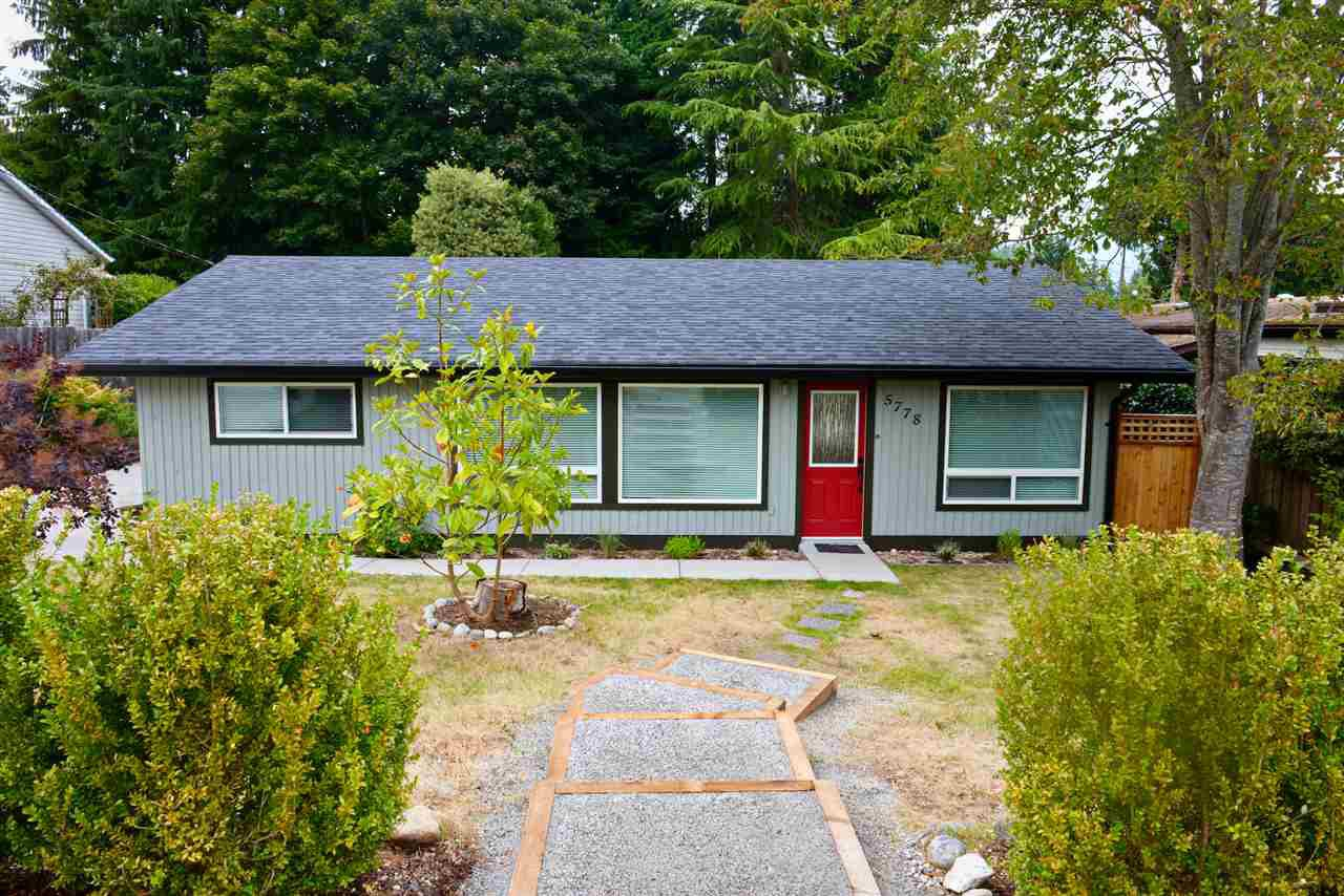 Main Photo: 5778 EBBTIDE Street in Sechelt: Sechelt District House for sale (Sunshine Coast)  : MLS®# R2396362