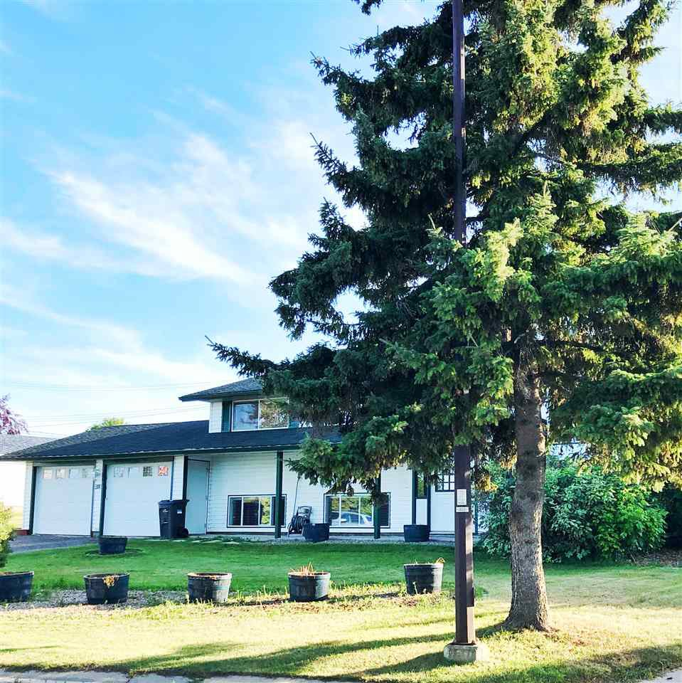 Main Photo: 315 Lakeshore Drive: Cold Lake House for sale : MLS®# E4210523