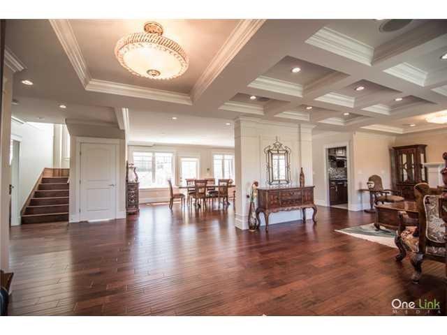 Main Photo: 7046 MALIBU Drive in Burnaby: Westridge BN House for sale (Burnaby North)  : MLS®# V1082400
