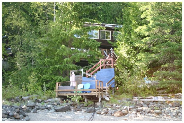 Photo 7: Photos: 3 Aline Hill Beach in Shuswap Lake: The Narrows House for sale : MLS®# 10152873