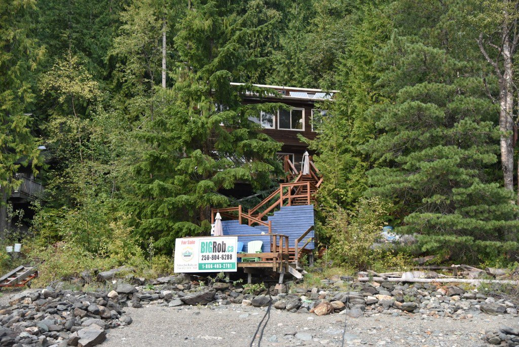 Photo 38: Photos: 3 Aline Hill Beach in Shuswap Lake: The Narrows House for sale : MLS®# 10152873