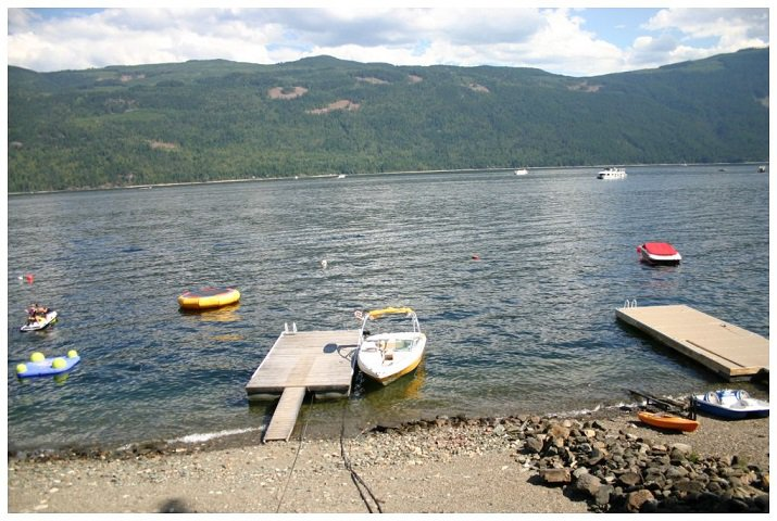 Photo 35: Photos: 3 Aline Hill Beach in Shuswap Lake: The Narrows House for sale : MLS®# 10152873