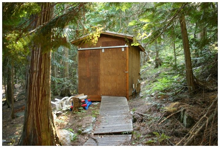 Photo 33: Photos: 3 Aline Hill Beach in Shuswap Lake: The Narrows House for sale : MLS®# 10152873