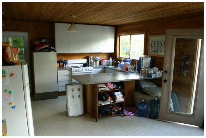 Photo 21: Photos: 3 Aline Hill Beach in Shuswap Lake: The Narrows House for sale : MLS®# 10152873