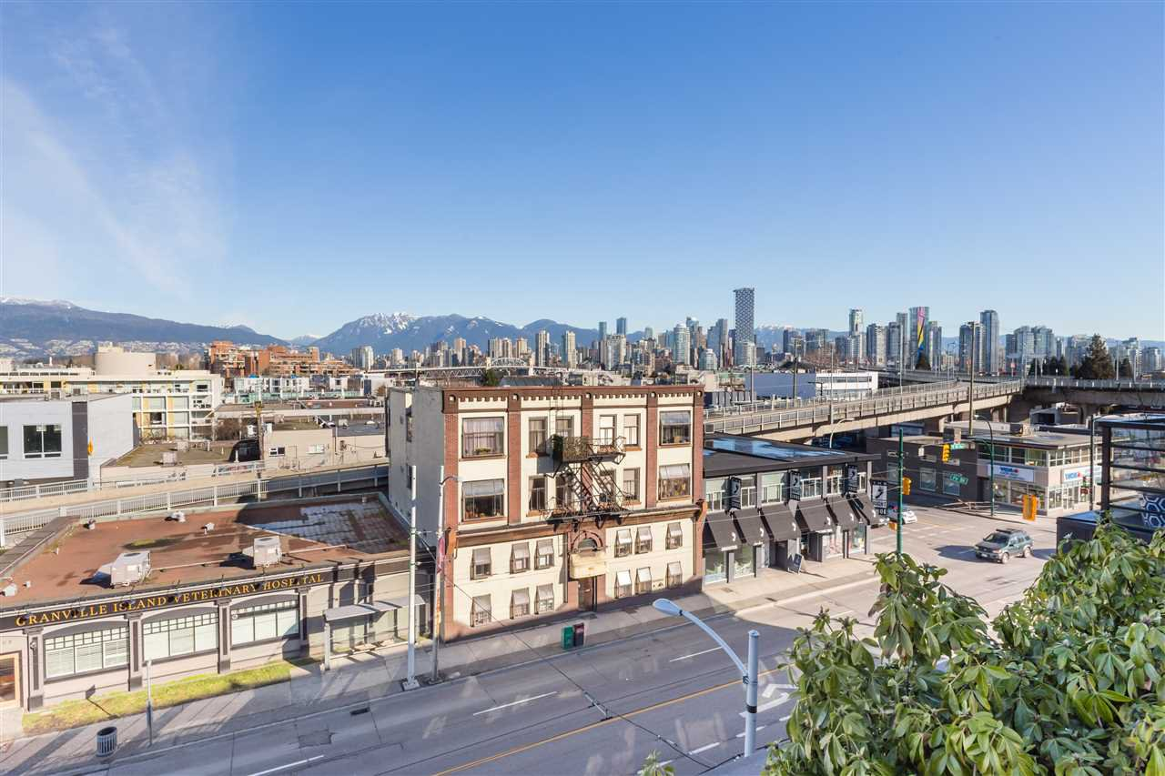 Main Photo: 202 1628 W 4TH AVENUE in Vancouver: False Creek Condo for sale (Vancouver West)  : MLS®# R2343445