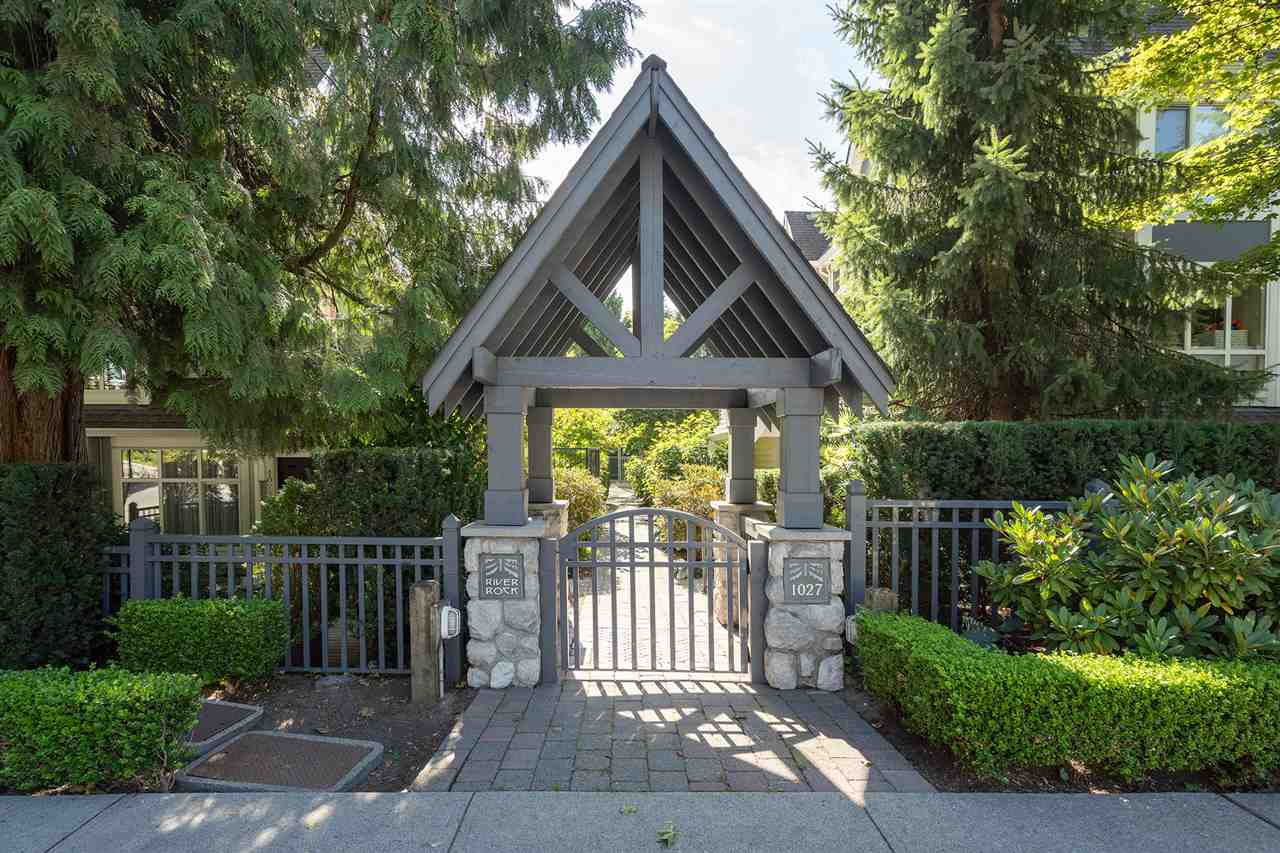 """Main Photo: 9 1027 LYNN VALLEY Road in North Vancouver: Lynn Valley Townhouse for sale in """"RIVER ROCK"""" : MLS®# R2405654"""