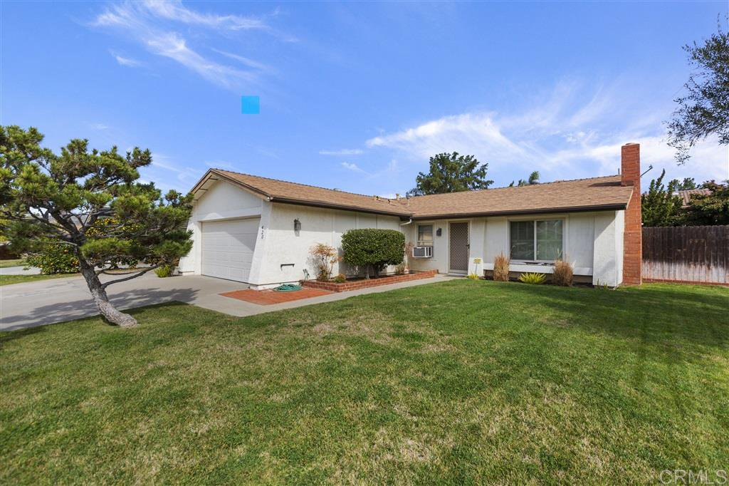 Main Photo: EAST ESCONDIDO House for sale : 3 bedrooms : 420 S Orleans Ave in Escondido