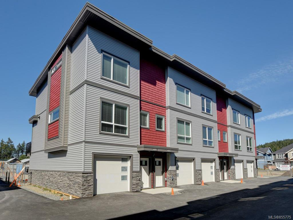 Main Photo: 604 3351 Luxton Rd in : La Happy Valley Row/Townhouse for sale (Langford)  : MLS®# 855775