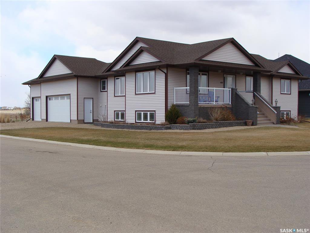 Main Photo: 601 4th Street West in Watrous: Residential for sale : MLS®# SK833946