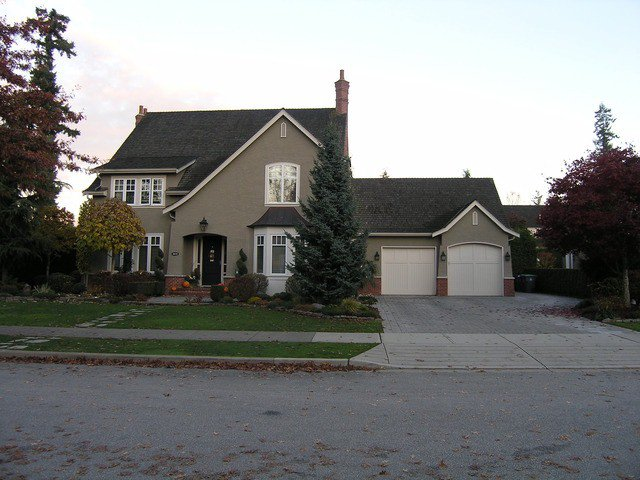 Main Photo: 2632 138A Street in SURREY: House for sale : MLS®# F1325035