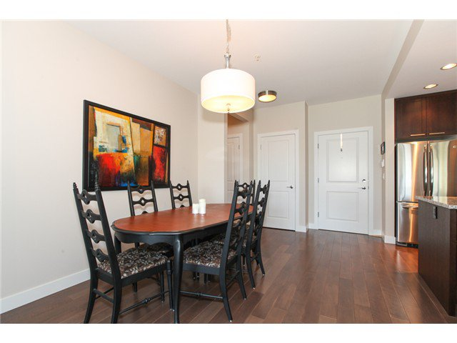 Photo 8: Photos: # 202 4689 52A ST in Ladner: Hawthorne Condo for sale : MLS®# V1061249