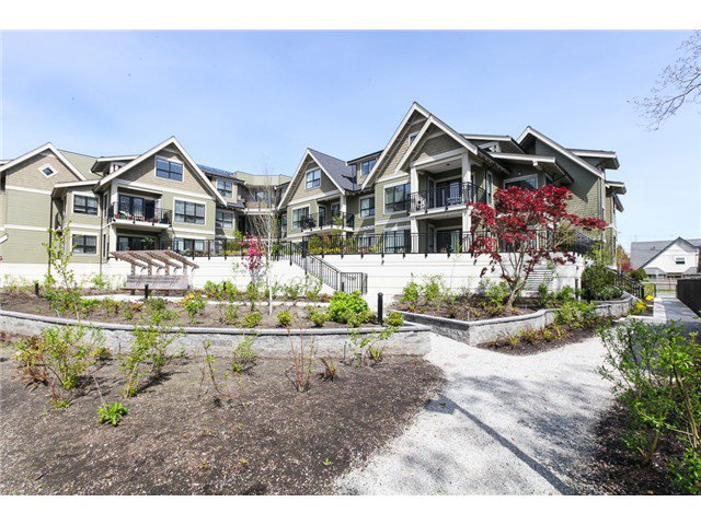 Photo 15: Photos: # 202 4689 52A ST in Ladner: Hawthorne Condo for sale : MLS®# V1061249