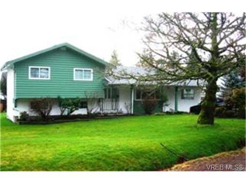 Main Photo:  in VICTORIA: Co Colwood Corners House for sale (Colwood)  : MLS®# 456520