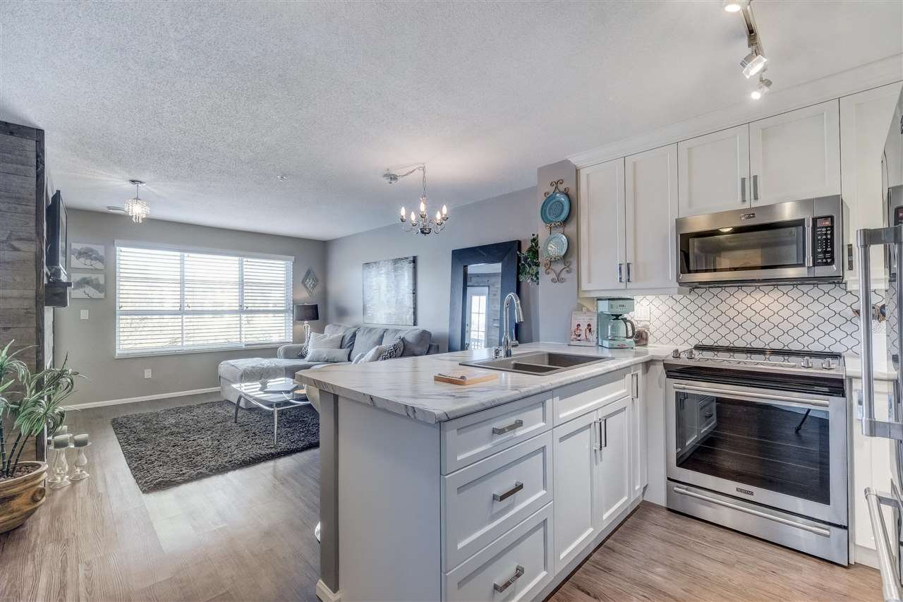 """Photo 4: Photos: 201 6336 197 Street in Langley: Willoughby Heights Condo for sale in """"Rockport"""" : MLS®# R2445272"""