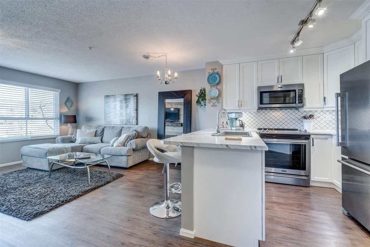 """Photo 11: Photos: 201 6336 197 Street in Langley: Willoughby Heights Condo for sale in """"Rockport"""" : MLS®# R2445272"""