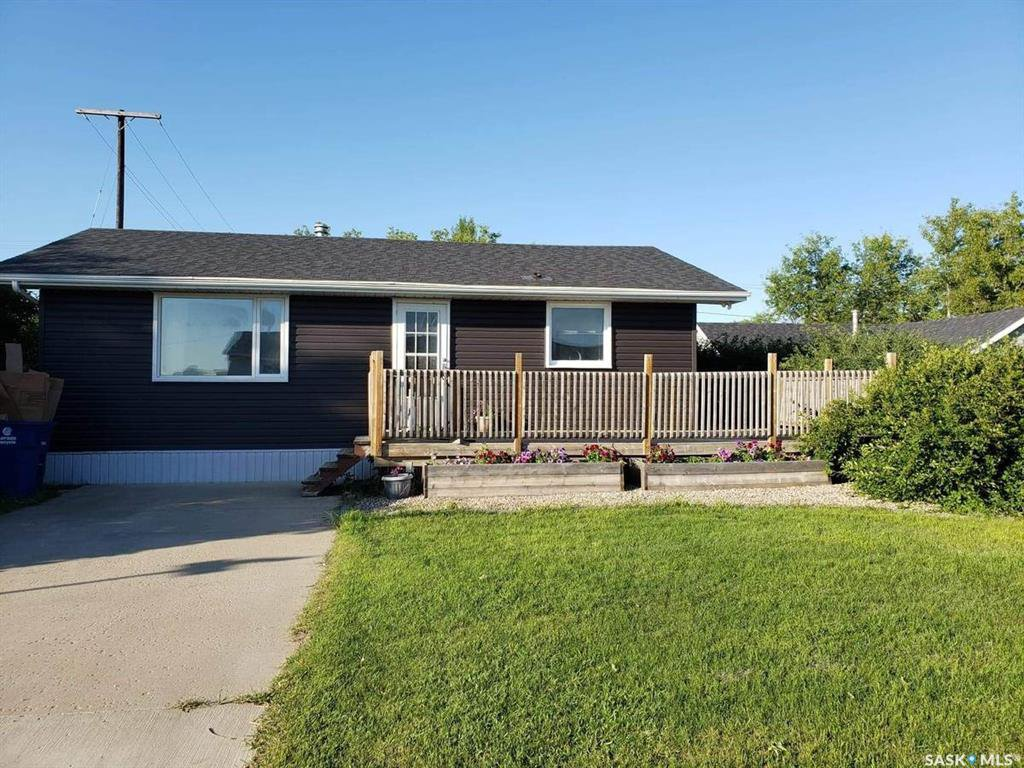 Main Photo: 297 1ST Avenue West in Unity: Residential for sale : MLS®# SK831424