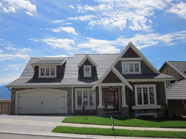 "Main Photo: 2680 PLATINUM Lane in Abbotsford: Abbotsford East House for sale in ""EAGLE MOUNTAINS"" : MLS®# F1302113"