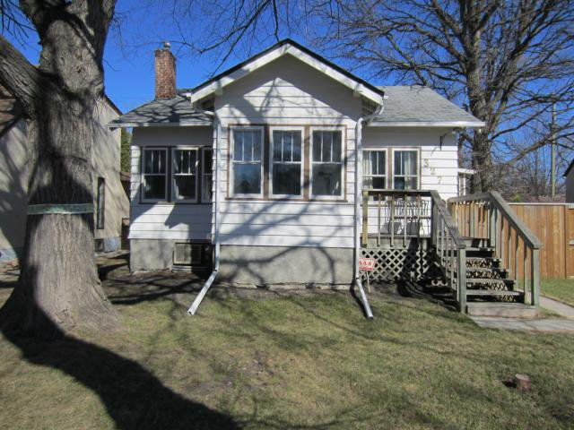 Main Photo: 327 Belvidere Street in WINNIPEG: St James Residential for sale (West Winnipeg)  : MLS®# 1308276
