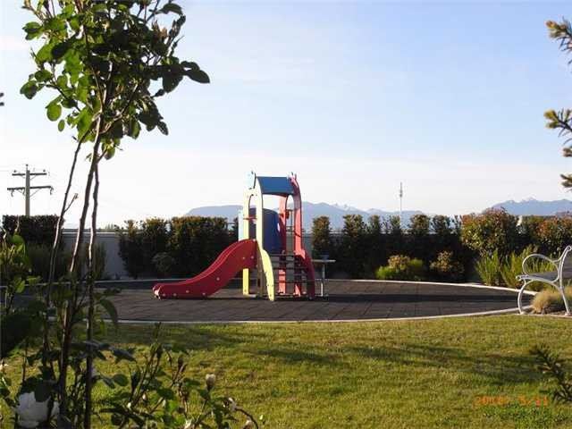 Photo 9: Photos: 1310-5811 NO 3 RD in RICHMOND: Brighouse Condo for sale (Richmond)  : MLS®# V1000817