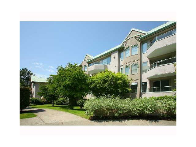 Main Photo: # 402 6737 STATION HILL CT in Burnaby: South Slope Condo for sale (Burnaby South)  : MLS®# V1109319