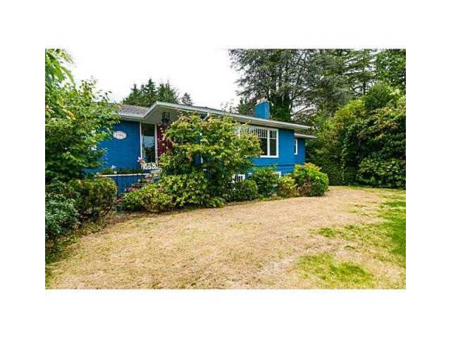 Main Photo: 1751 MATHERS AV in West Vancouver: Ambleside House for sale : MLS®# V1105546