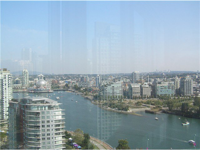 Photo 8: Photos: # 2702 1033 MARINASIDE CR in Vancouver: Yaletown Condo for sale (Vancouver West)  : MLS®# V1088112