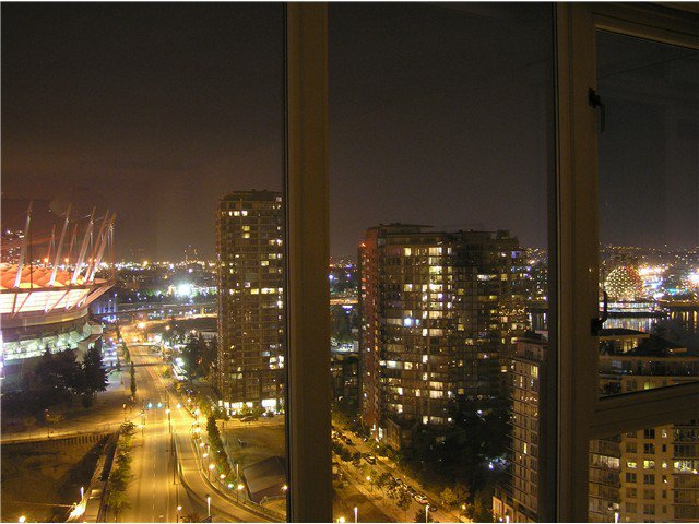 Photo 10: Photos: # 2702 1033 MARINASIDE CR in Vancouver: Yaletown Condo for sale (Vancouver West)  : MLS®# V1088112