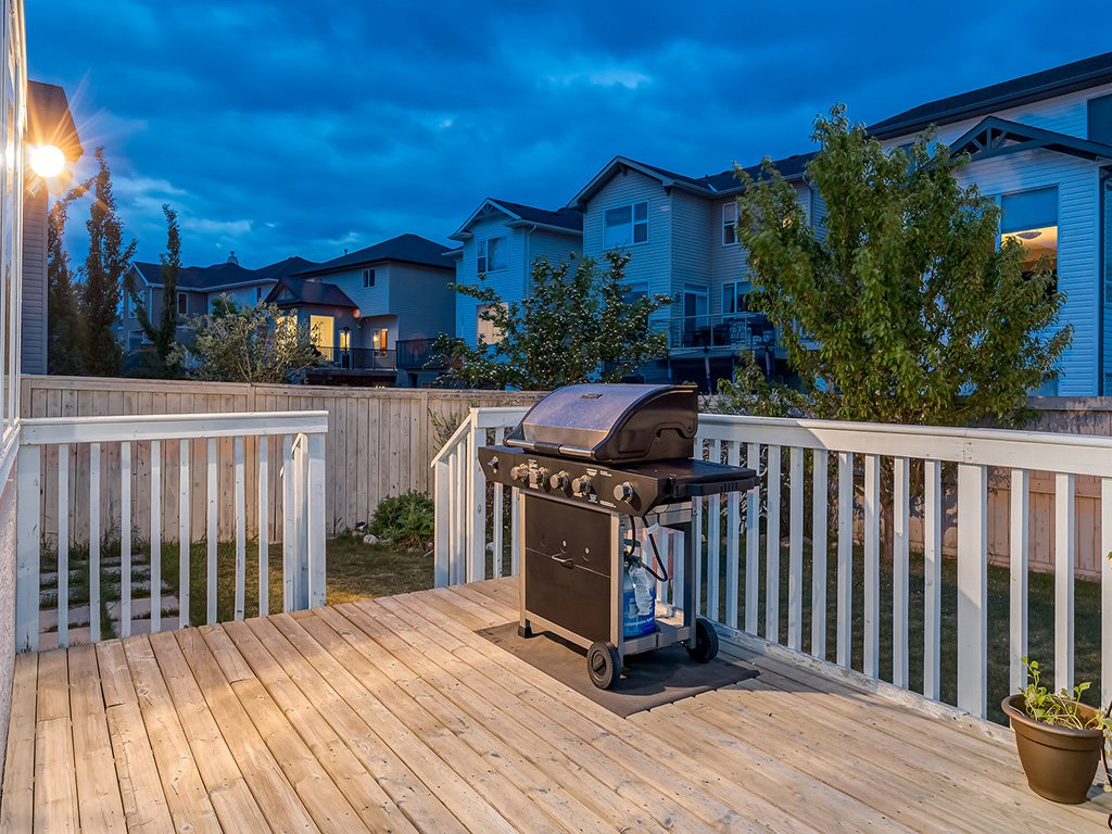 Photo 46: Photos: 311 Cresthaven Place SW in Calgary: Crestmont House for sale : MLS®# c4015009