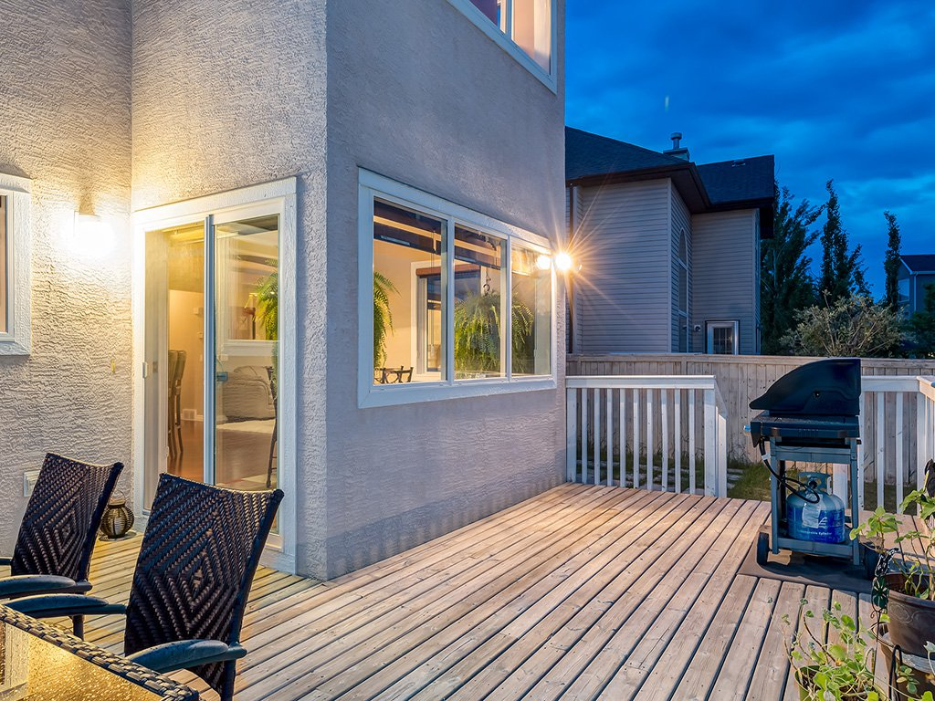 Photo 47: Photos: 311 Cresthaven Place SW in Calgary: Crestmont House for sale : MLS®# c4015009