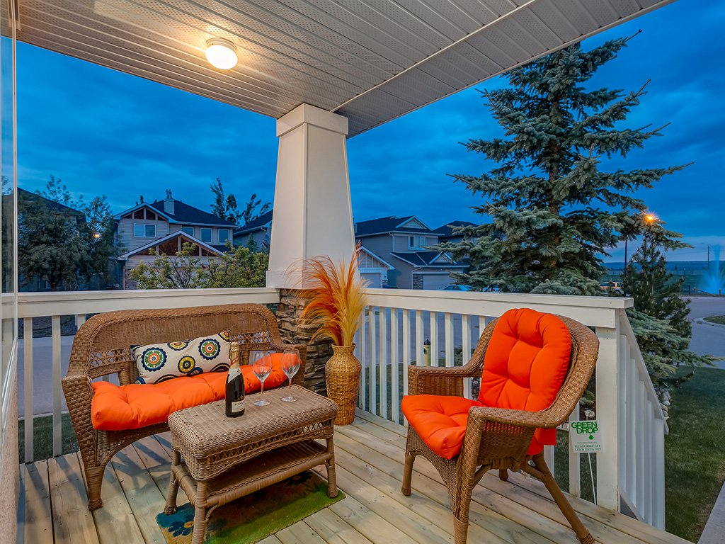 Photo 42: Photos: 311 Cresthaven Place SW in Calgary: Crestmont House for sale : MLS®# c4015009