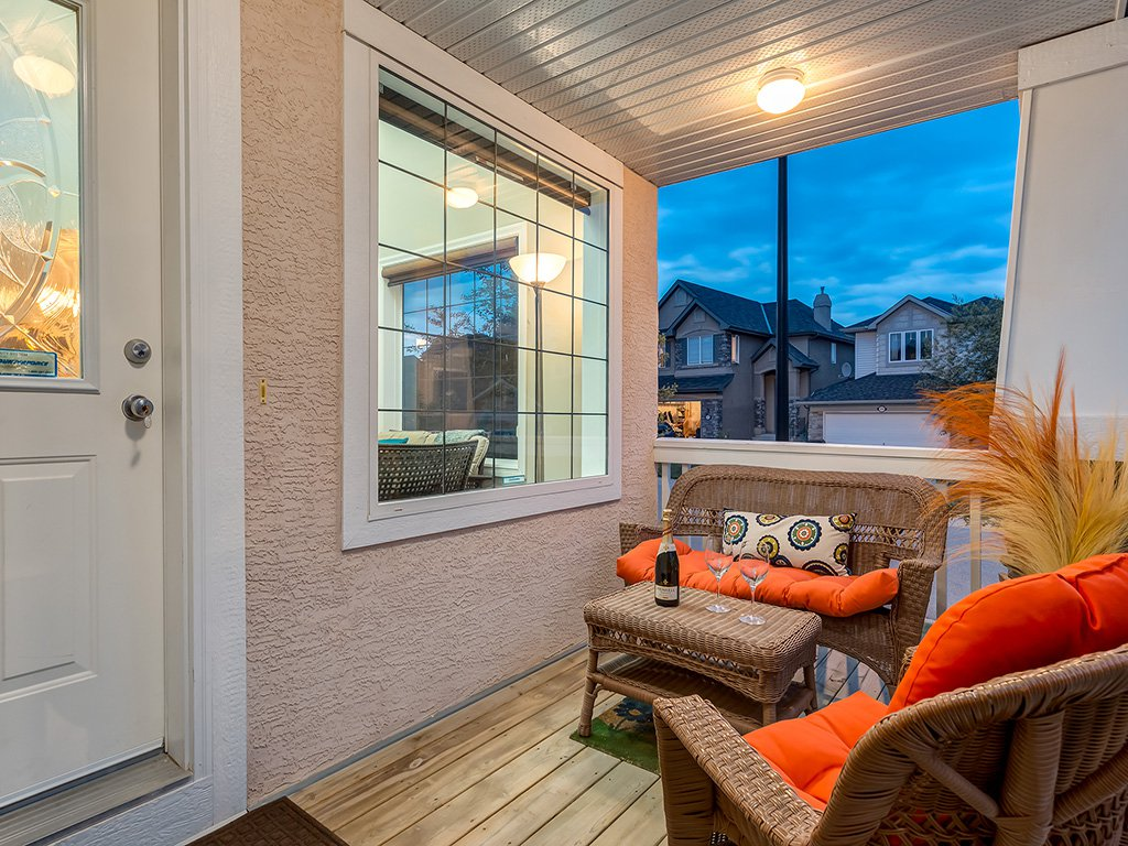 Photo 43: Photos: 311 Cresthaven Place SW in Calgary: Crestmont House for sale : MLS®# c4015009