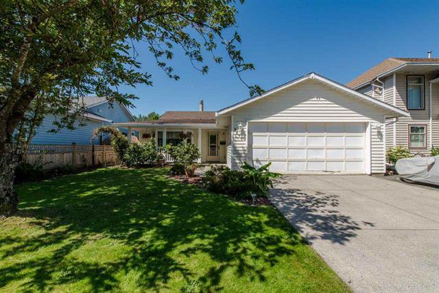 Main Photo: 8495 121a Street in Surrey: Queen Mary Park Surrey House for sale : MLS®# r2096268