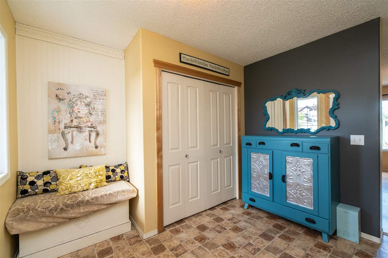 Main Photo: 6002 49 Avenue: Beaumont House for sale : MLS®# E4213300