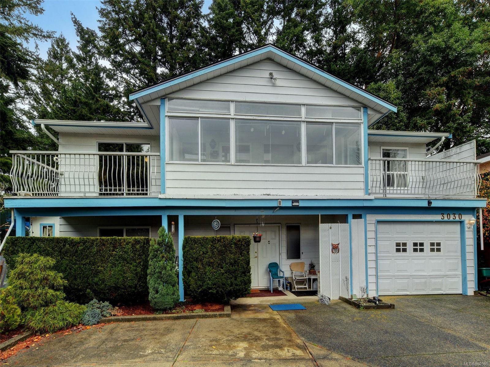 Main Photo: 3030 Shoreview Dr in : La Glen Lake House for sale (Langford)  : MLS®# 860598