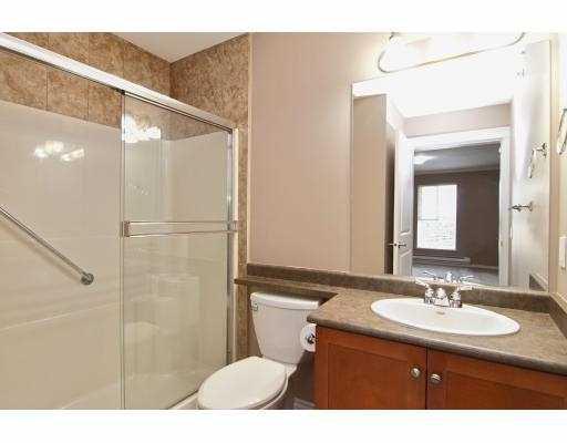 Photo 9: Photos: 414 22255 122 Street in Maple Ridge: Condo for sale : MLS®# V1028274