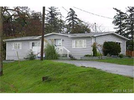 Main Photo:  in VICTORIA: VR Glentana Manufactured Home for sale (View Royal)  : MLS®# 355586