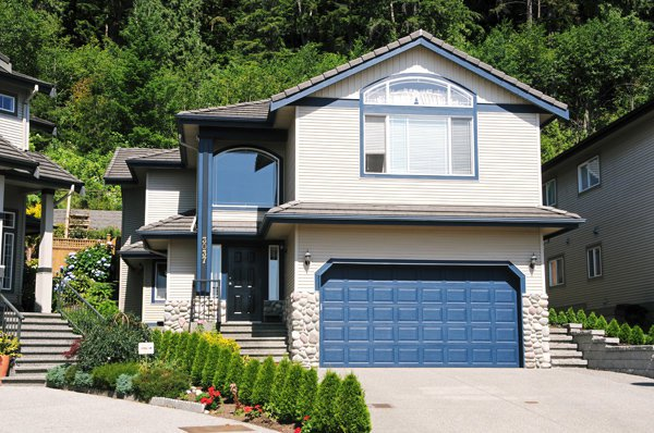 Main Photo: 3037 SIENNA Court in Coquitlam: Westwood Plateau Home for sale ()  : MLS®# V778450