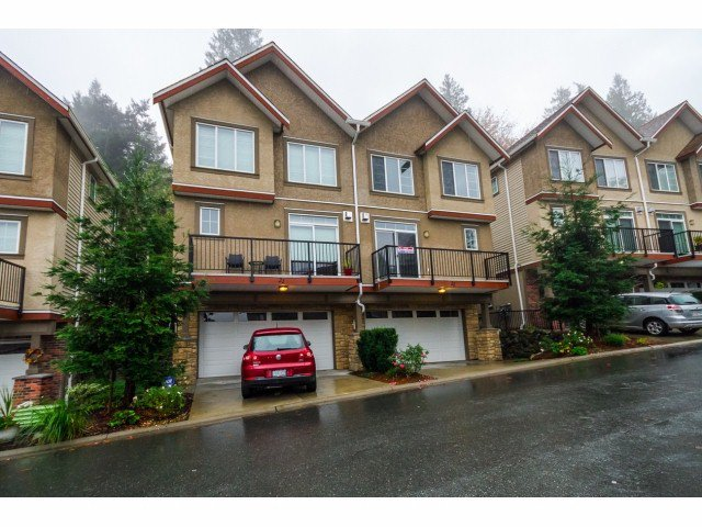 Main Photo: 22-35626 McKee Rd in Abbotsford: Abbotsford East Townhouse for rent