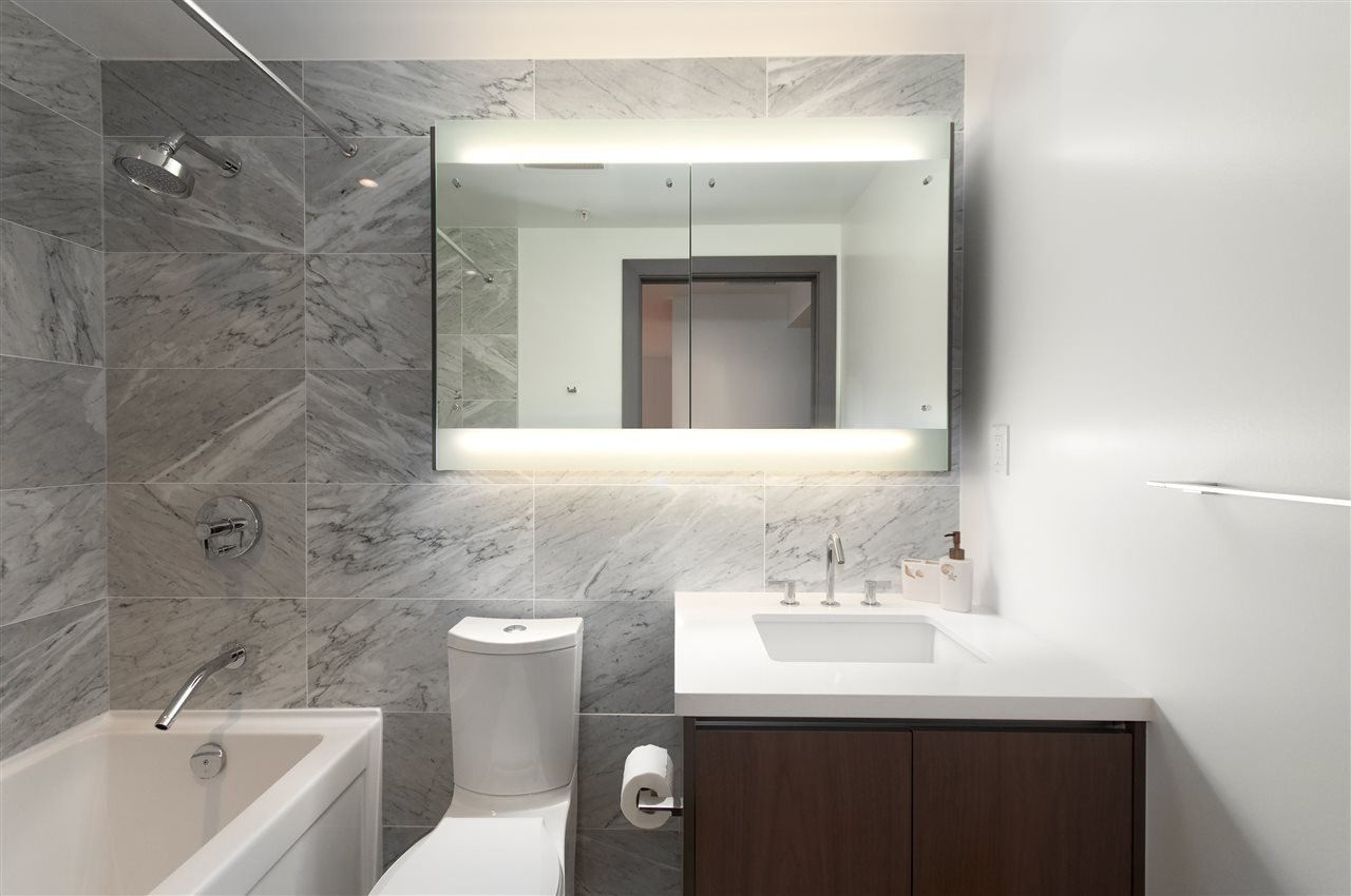 Photo 10: Photos: 1111 68 SMITHE STREET in Vancouver: Yaletown Condo for sale (Vancouver West)  : MLS®# R2128833