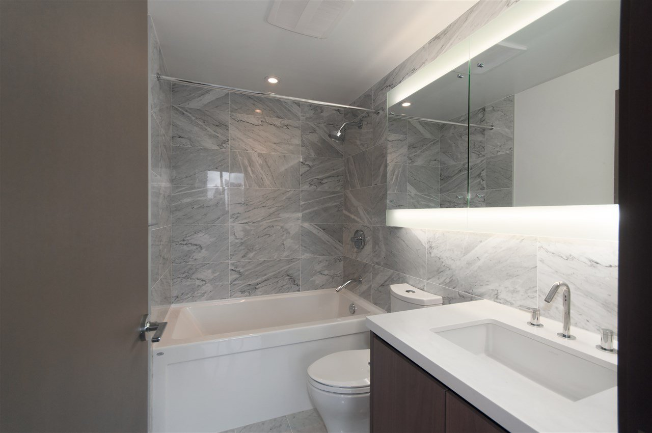 Photo 9: Photos: 1111 68 SMITHE STREET in Vancouver: Yaletown Condo for sale (Vancouver West)  : MLS®# R2128833