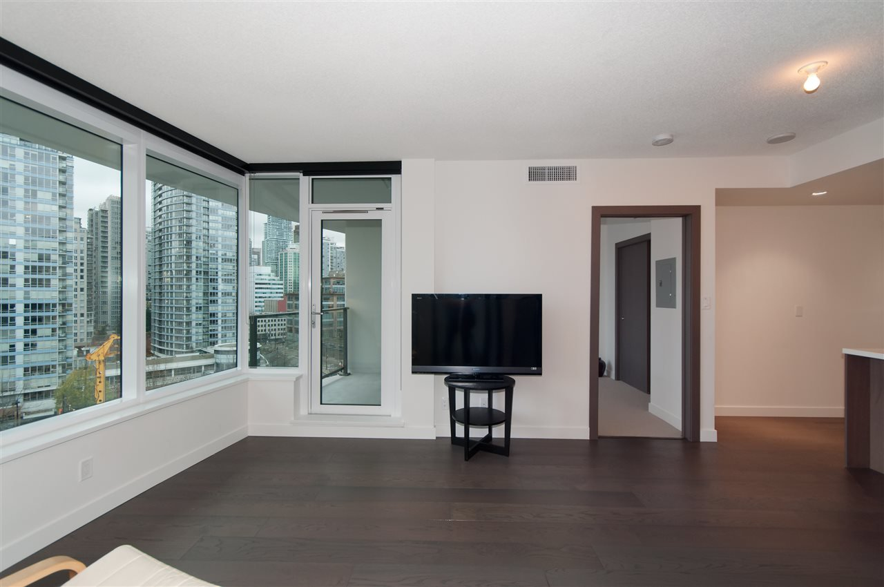Photo 5: Photos: 1111 68 SMITHE STREET in Vancouver: Yaletown Condo for sale (Vancouver West)  : MLS®# R2128833