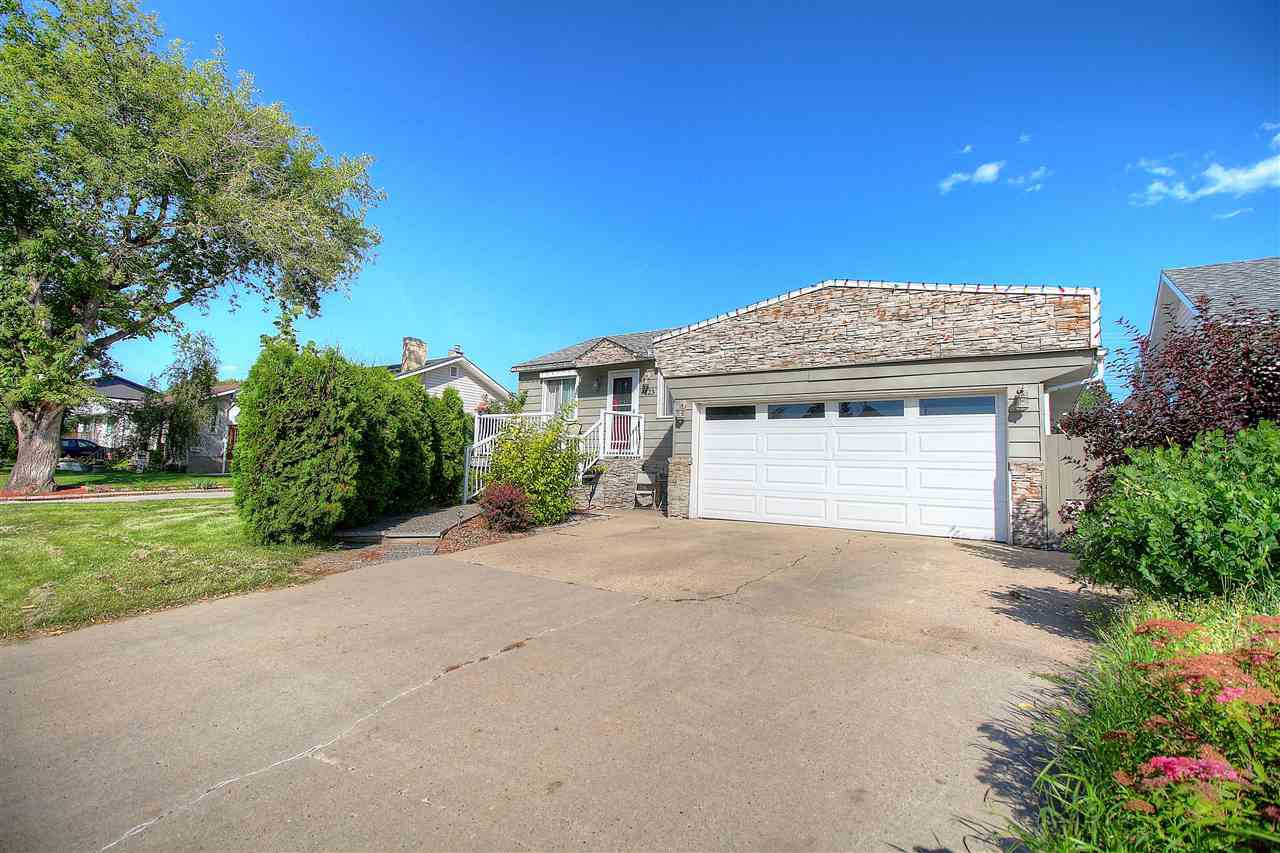 Main Photo: 9423 152 Street in Edmonton: Zone 22 House for sale : MLS®# E4170892