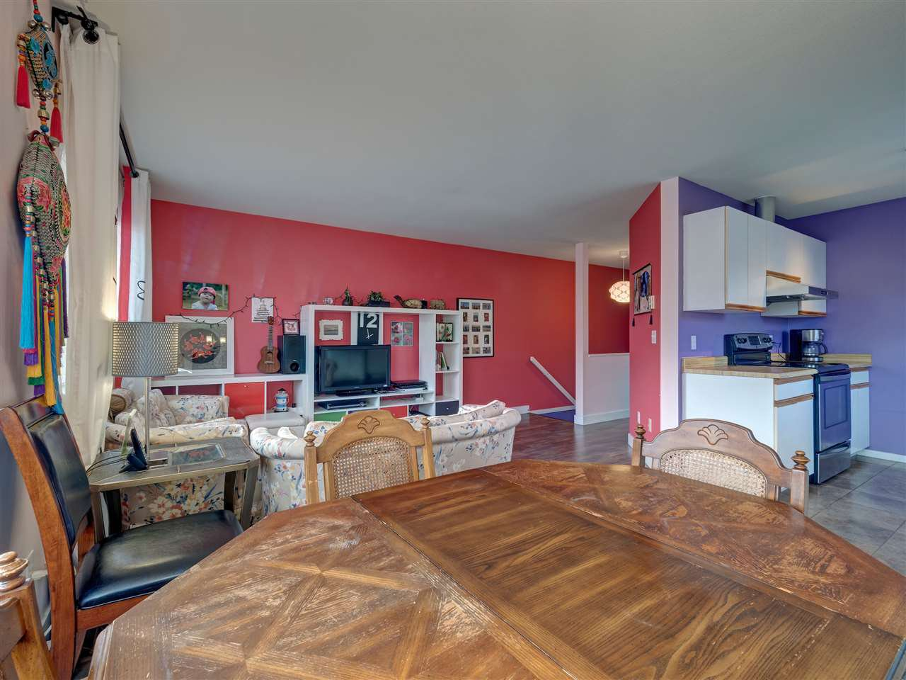 Photo 5: Photos: 19 5761 WHARF Avenue in Sechelt: Sechelt District Townhouse for sale (Sunshine Coast)  : MLS®# R2428590